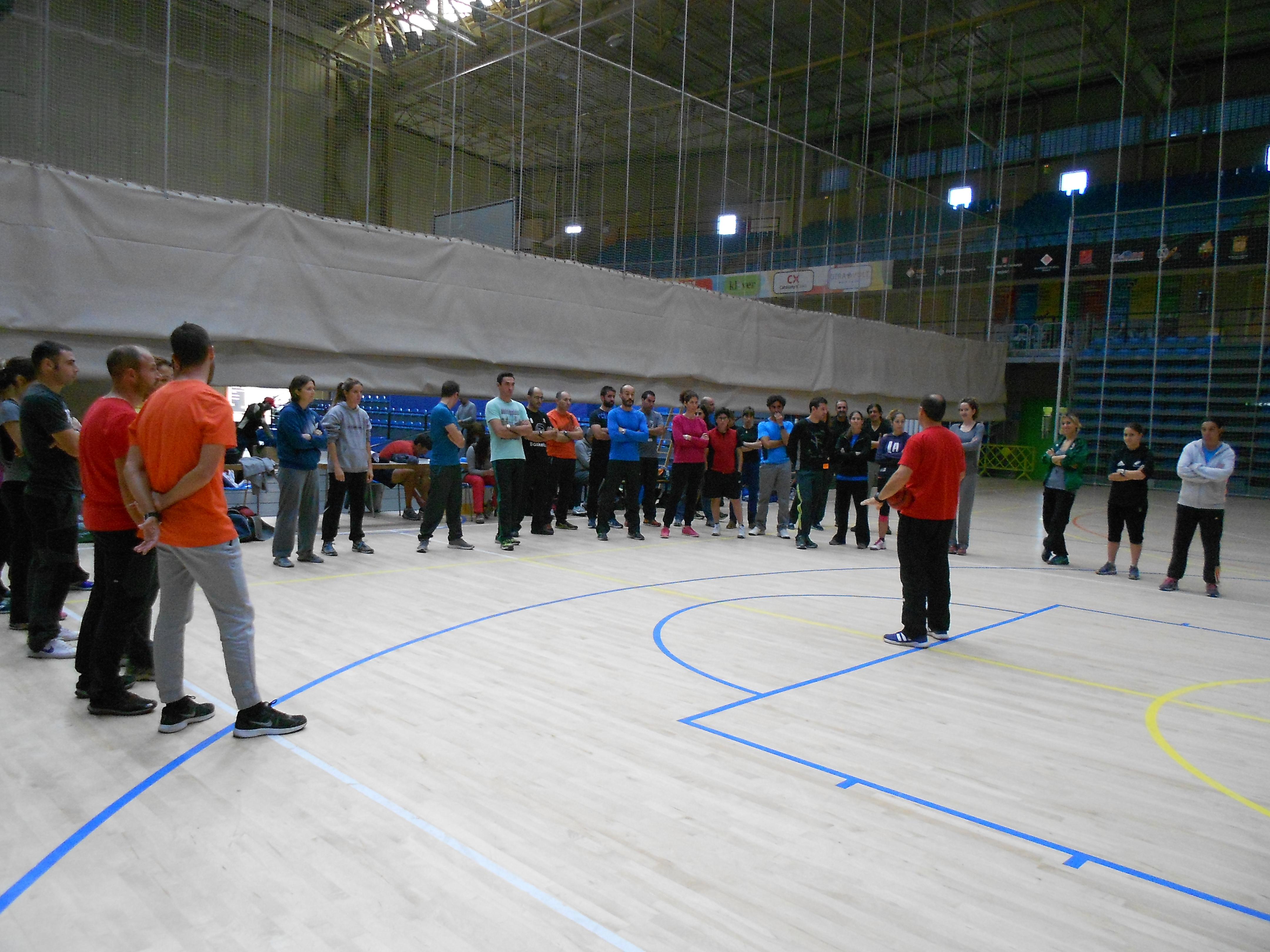 El pavell ol mpic acull la 36a trobada de mestres d - Pavello olimpic reus ...