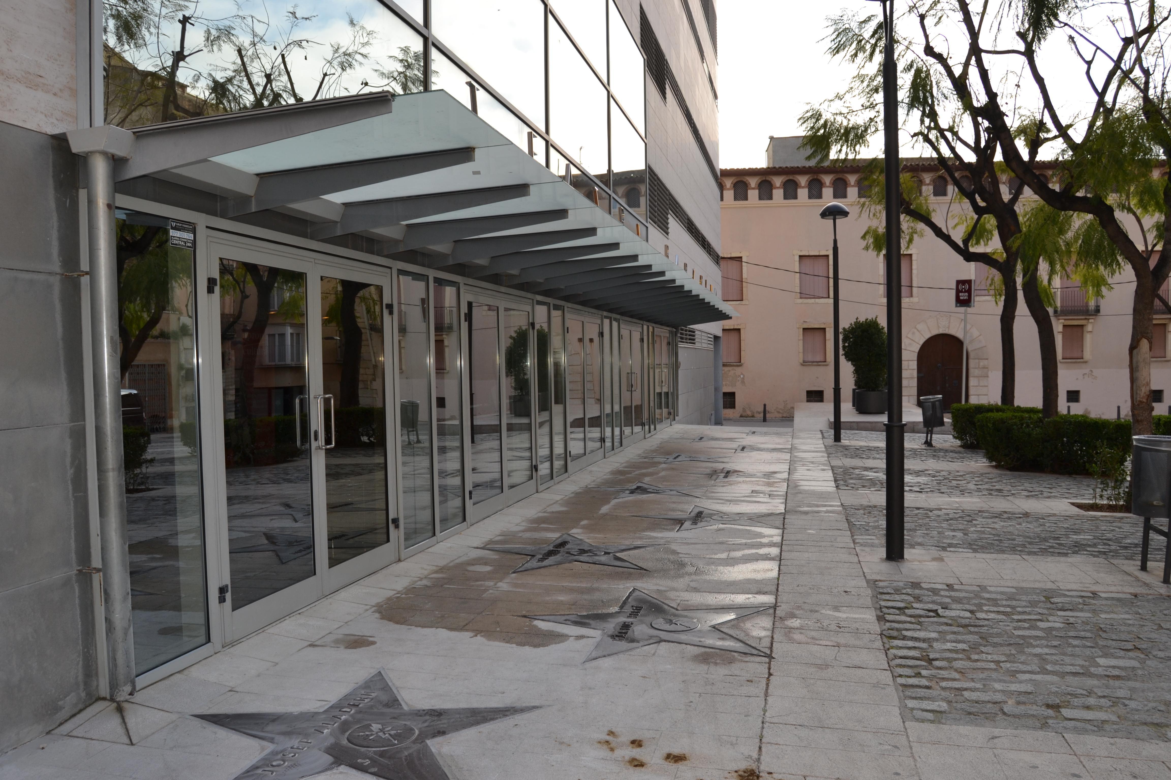 Els Teatres Fortuny i Bartrina, en compliment de les instruccions del govern i de l'Ajuntament per la situació d'alarma decretada per la C...