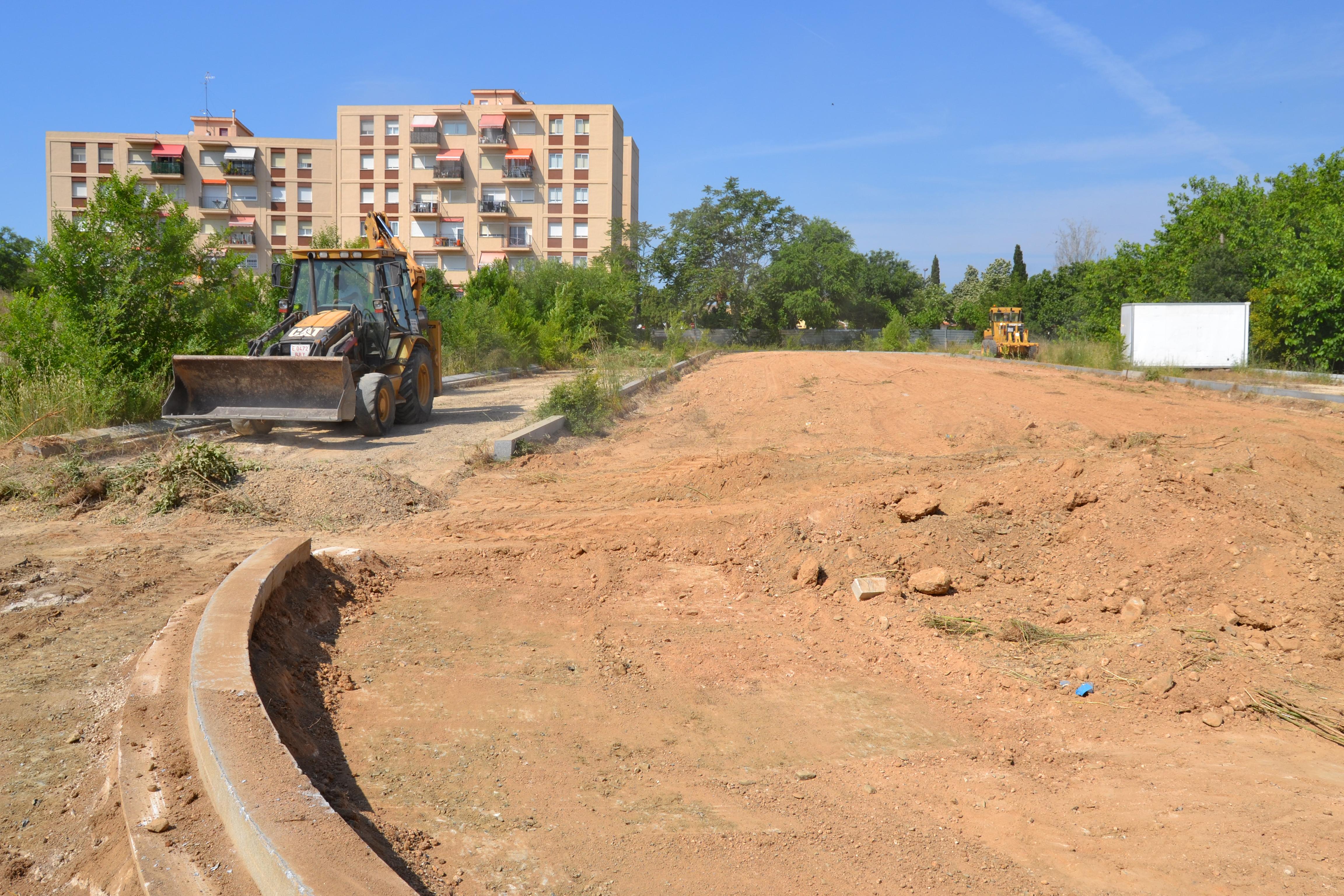 L'alcalde de Reus, Carles Pellicer, ha publicat un nou ban per recordar l'obligació dels propietaris de solars que es troben abandonats o ...