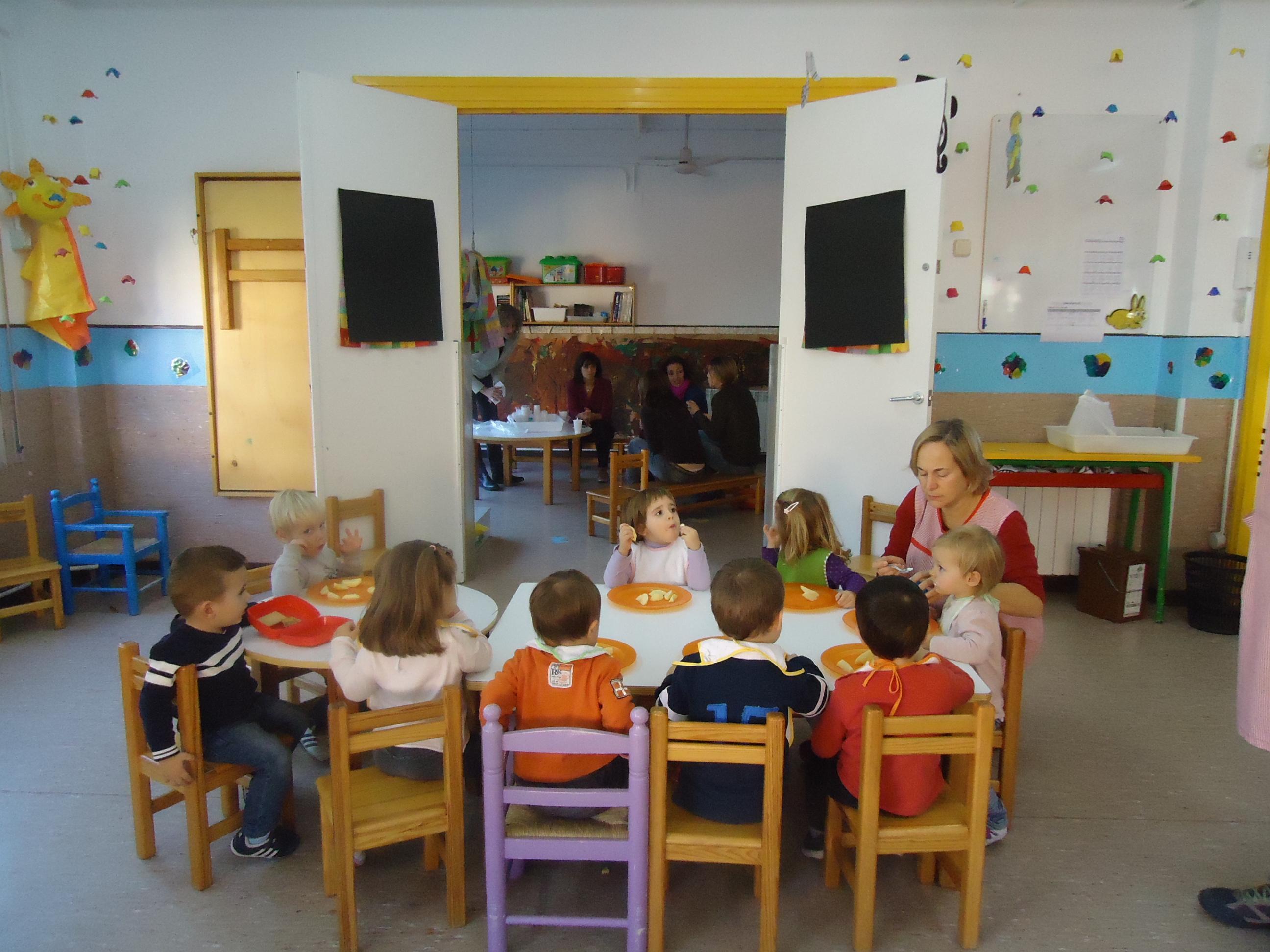 La regidoria d'Educació de l'Ajuntament de Reus ha decidit mantenir el tancament provisional de les Escoles Bressol Municipals per a t...