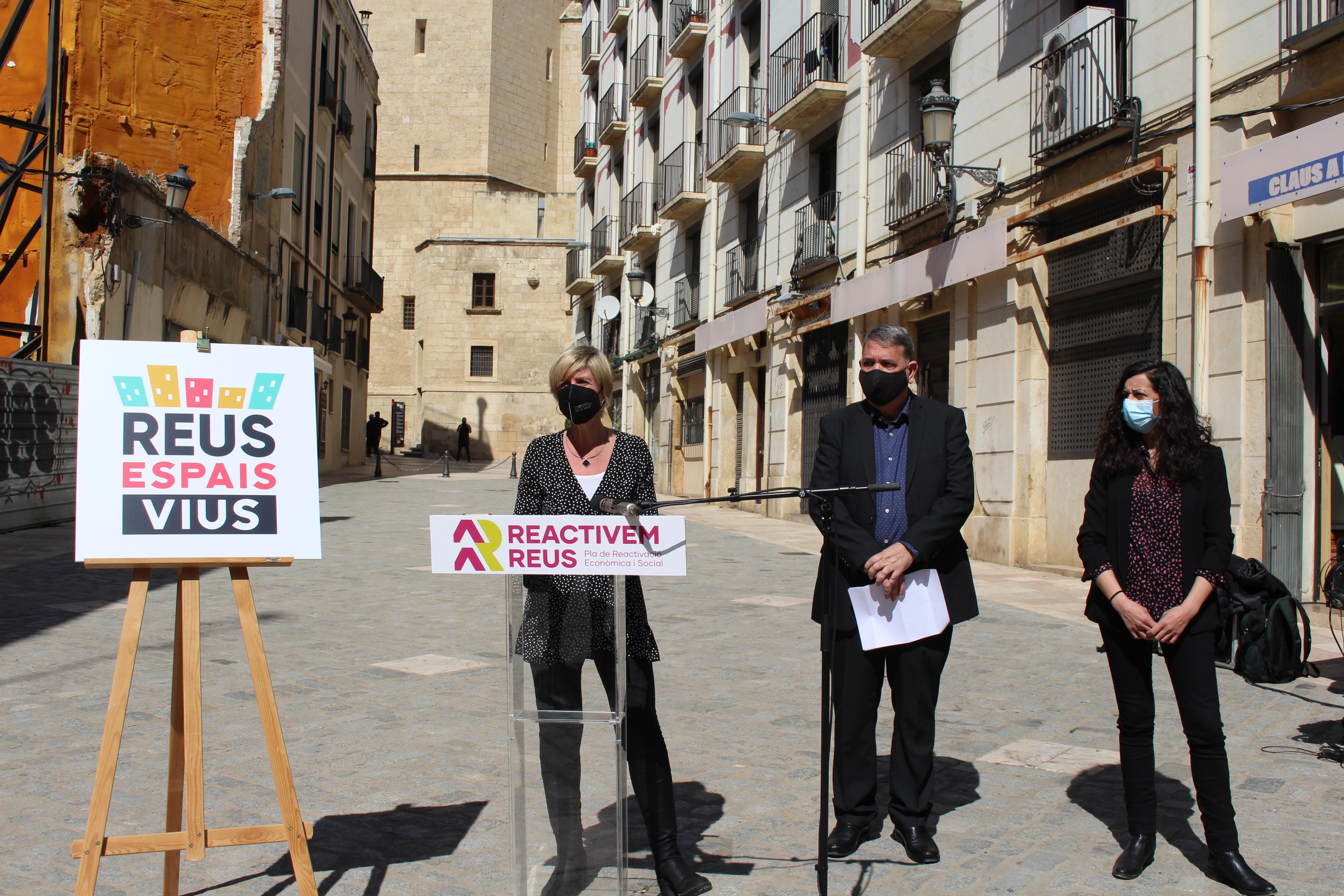 La regidoria d'Empresa i Ocupació ha presentat el projecte Reus Espais Vius amb l'objectiu de dinamitzar l'eix comercial dels ravals...