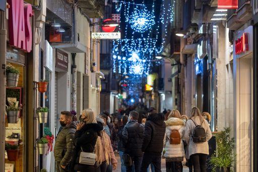 Els establiments comercials de Reus obriran el dia 8 de desembre, festiu de la Immaculada Concepció, després que la Generalitat de Catalu...
