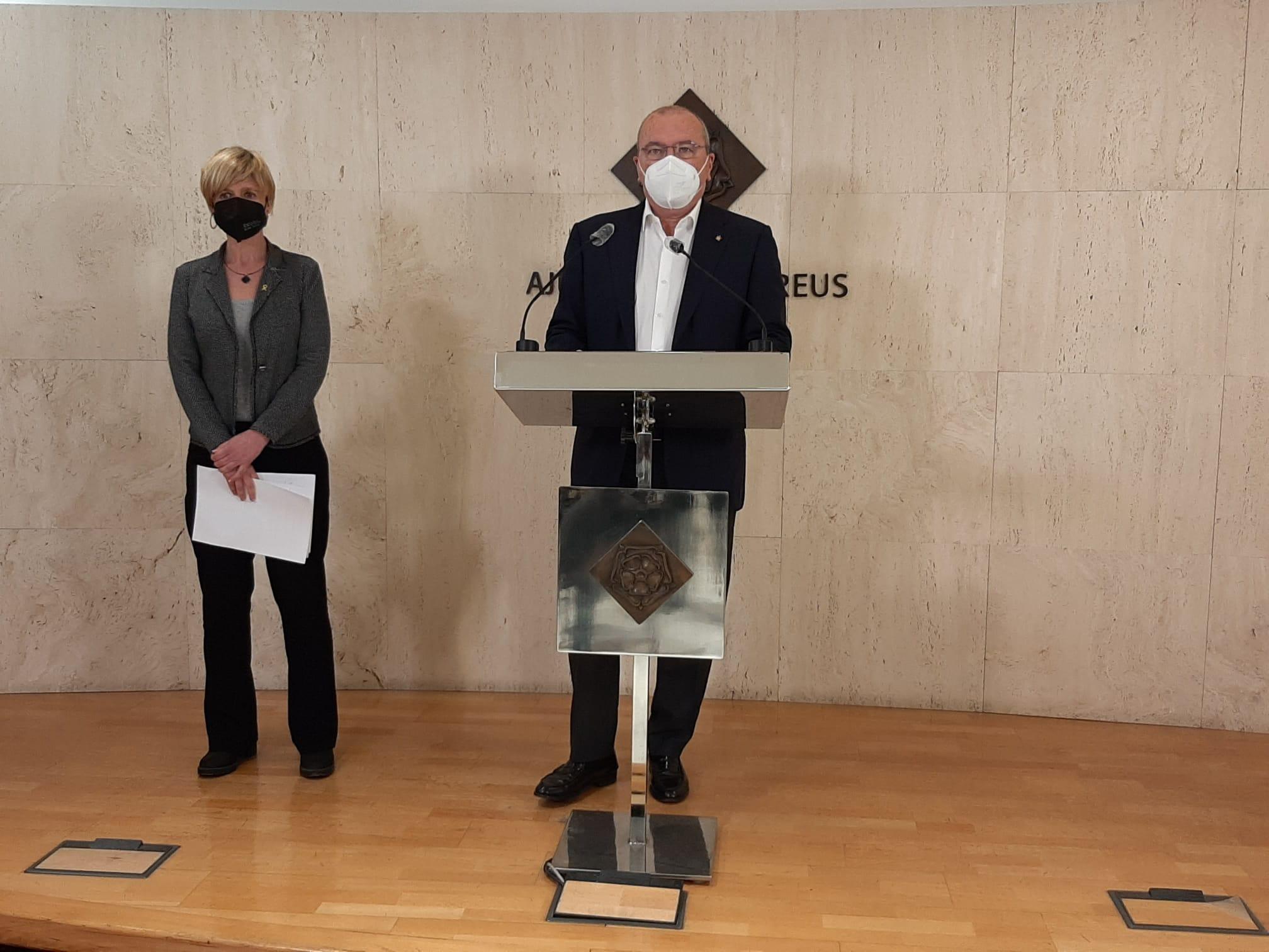 La Cimera per a la Reactivació Econòmica i Social de Reus ha tingut lloc aquest dilluns, 22 de febrer, presidida per l'alcalde de Reus, C...