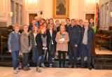 Imatge de la recepció al saló de plens de l'Ajuntament de Reus