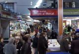 Imatge d'una edició anterior de l'esmorzar amb botifarra d'ou al Mercat Central