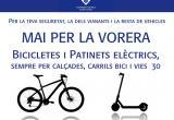Cartell prohibició a bicis i patinet de  circular per la vorera