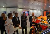 Imatges de la visita a la mostra Repsol Racing Tour