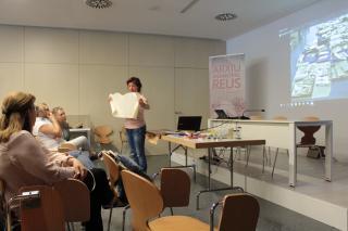 Montserrat Boada explica el suport pergamí