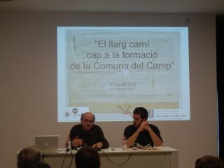 Ezequiel Gort durant la seva conferència a l'Arxiu de Reus