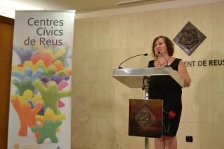 La regidora Montserrat Flores ha explicat la nova programació als centres cívics