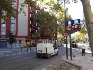 Nova pantalla de trànsit a l'avinguda de Castellvell