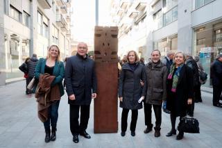 Escultura de Marie-France Veyrat foto de família