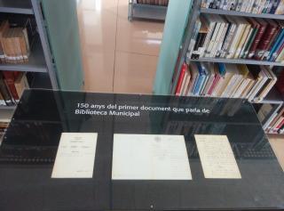 Acta sobre la creació d'una biblioteca municipal a Reus