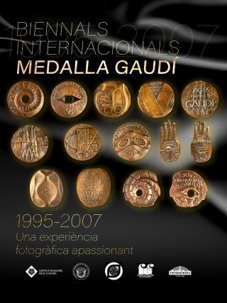 Cartell exposició Medalla Gaudí
