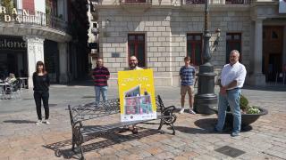 Foto de família presentació cartell Sant Pere 2020