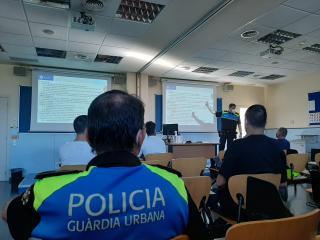 Curs de la Guardia Urbana en identificació d'estupefaents en la conducció