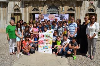 Imatge de la presentació del cartell de Sant Pere 2017 a l'Escola Maria Cortina