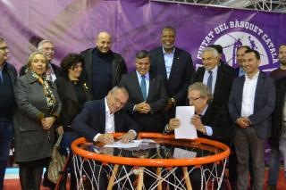 Foto de l'acte de designació de Reus com a Ciutat del Bàsquet Català 2019 el passat 27 de desembre al Parc de Nadal de Reus