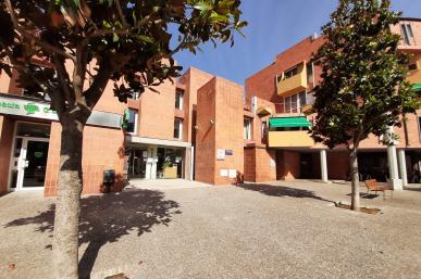 Centre Cívic Mestral façana