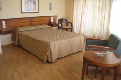 Hotel Ollé *
