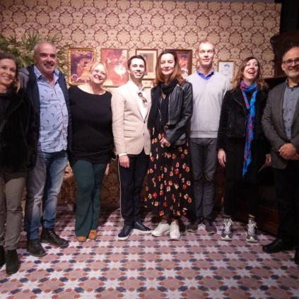 Accedeix a El jurat el premi ha visitat l'exposició Roseta Mauri