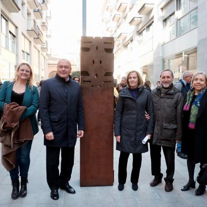 Accedeix a Escultura de Marie-France Veyrat foto de família