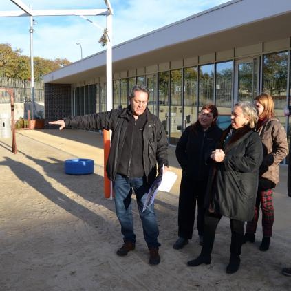 Accedeix a Visita inici obres pati EBM La Ginesta