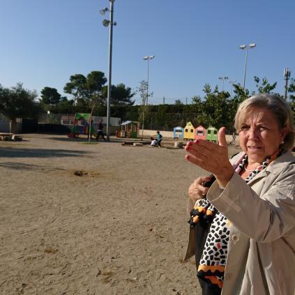 Accedeix a Imatge visita regidora Ensenyament escola La Vitxeta Reus