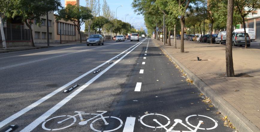 Foto del carril bici de l'avinguda de Falset