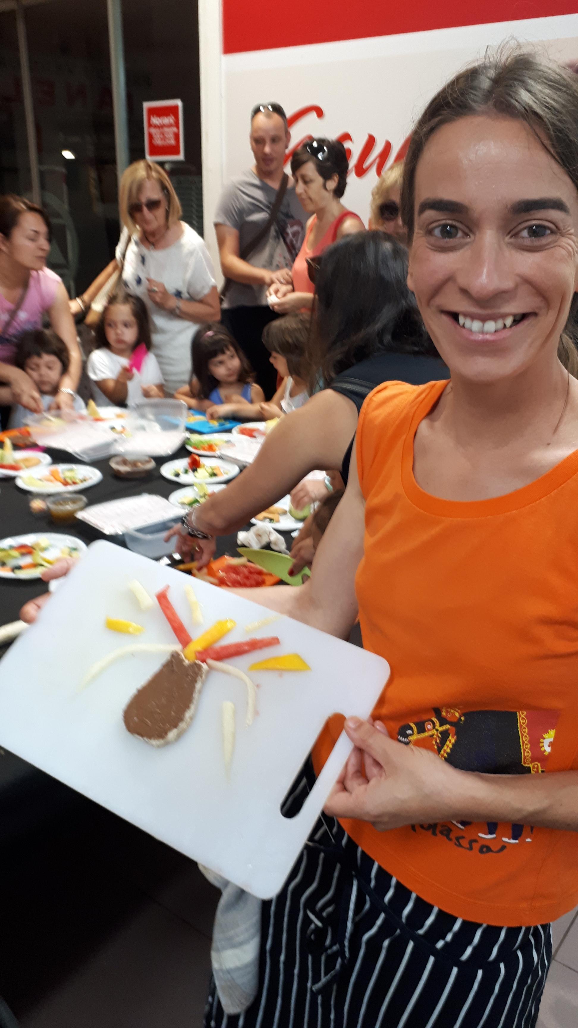 Taller de cuina infantil al Mercat del Carrilet