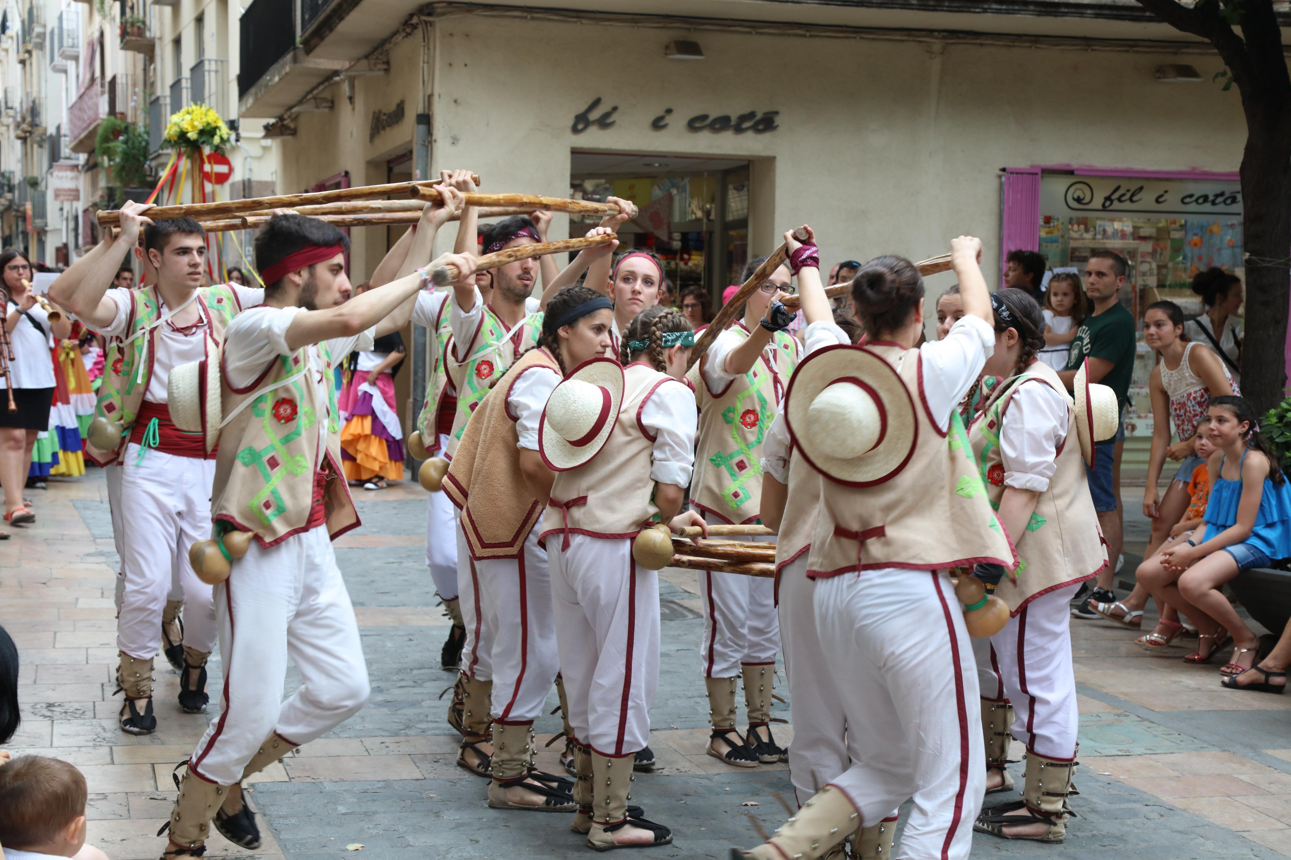 Cercavila i parlaments del Ball de Gitanes i el Ball de Pastorets.
