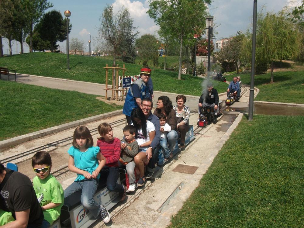 Viatges amb trenet al Parc del Ferrocarril