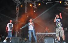 Imatge del conjunt «DéjaBeat», en plena actuació