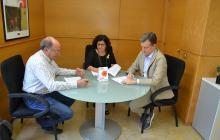 Foto de la signatura del conveni amb la Fundació Banc dels Aliments