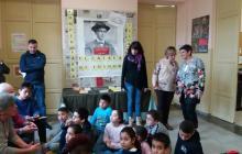 Foto de l'activitat a l'escola Pompeu Fabra