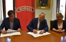 Signatura del conveni de col·laboració entre l'Ajuntament i l'empresa Borges
