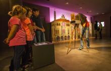 Imatge d'una activitat familiar al Gaudí Centre de Reus